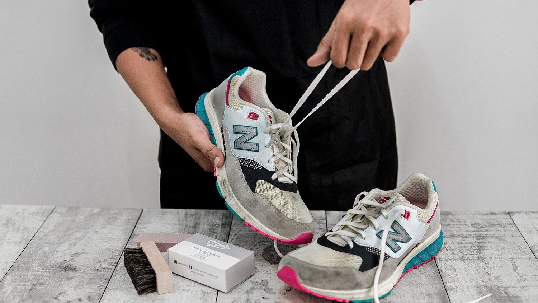 remove shoe laces
